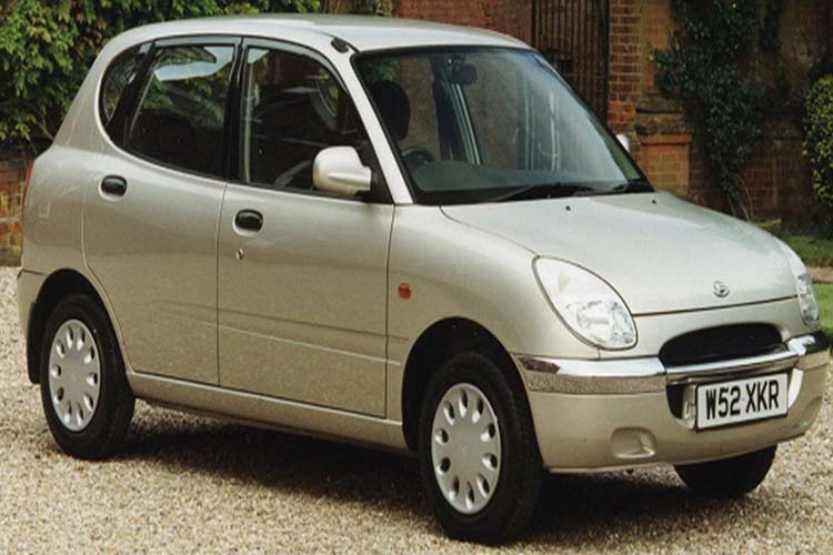 ΚΟΤΣΑΔΟΡΟΙ DAIHATSU SIRION 1998-2004
